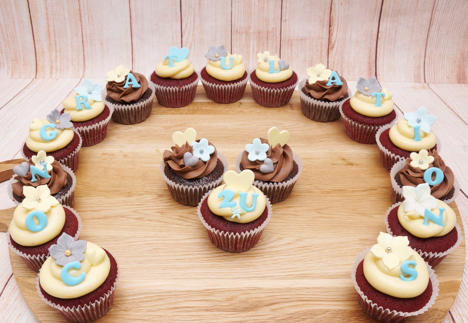 Blue, yellow & grey cupcakes