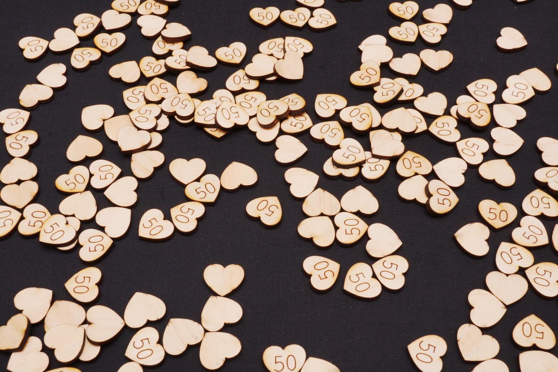 Wood Confetti 50