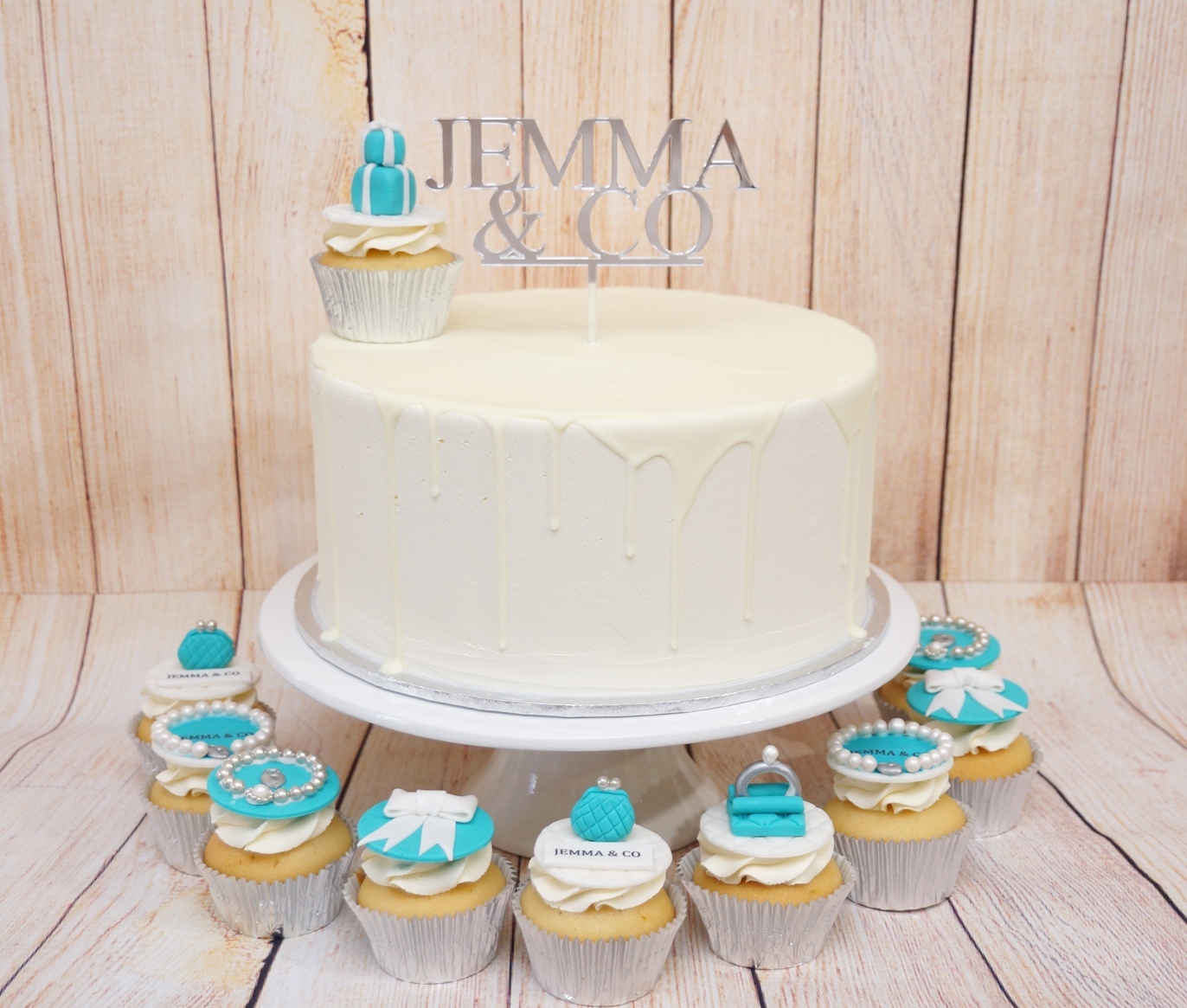 Tiffany Cake and Cupcakes 1