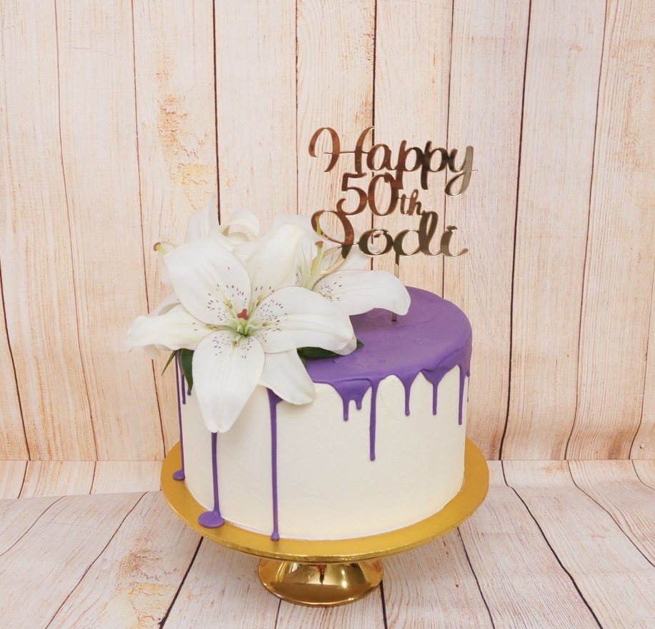 1 Tier white buttercream with lavender c