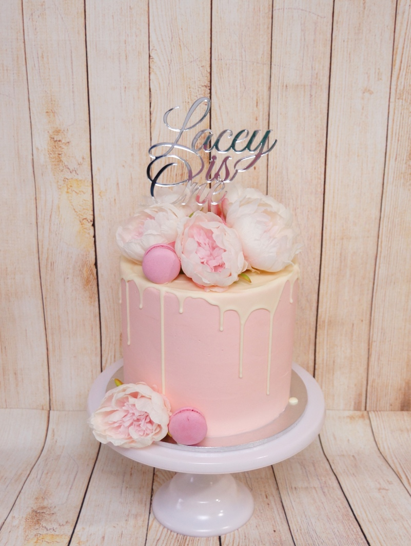 1 Tier Pink buttercream with white choc