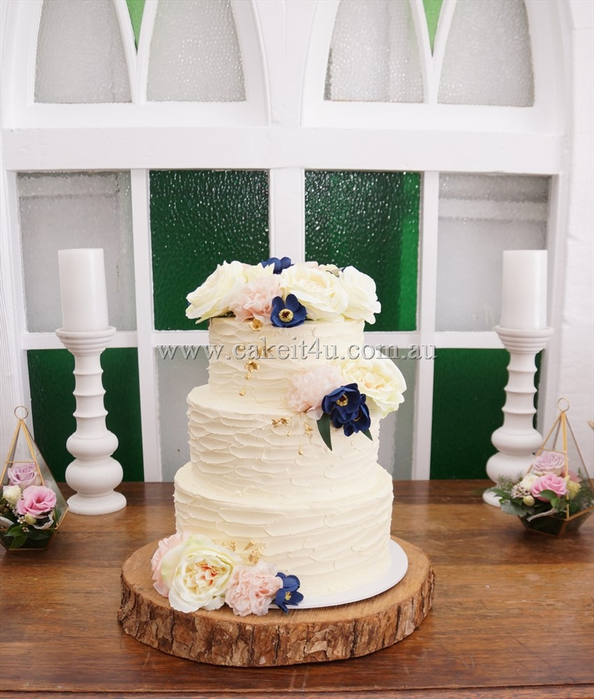 3 Tier Textured Buttercream with Silk Flowers 12.11.17 2