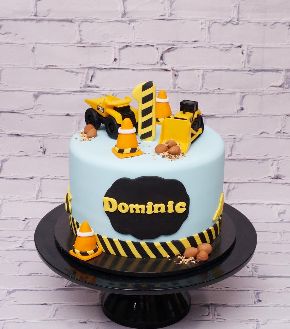 Bulldozer excavator birthday cake 1
