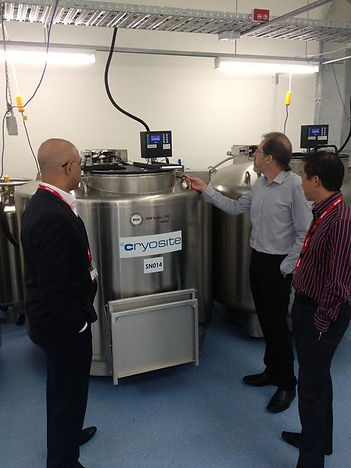 Dr Ameer Ibrahim and Dr Donald Kuah touring Cryosite