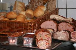 Fleischkäse und Braten
