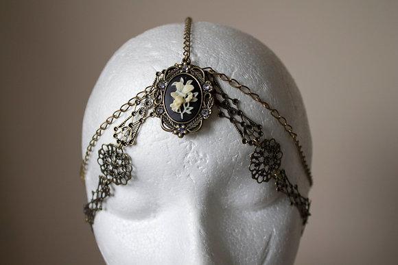 Decadent Dreamer Head Chain