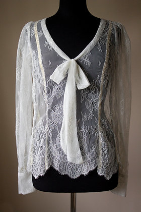 Scallop Lace Blouse