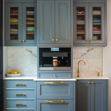 Timeles Shaker cabinets.