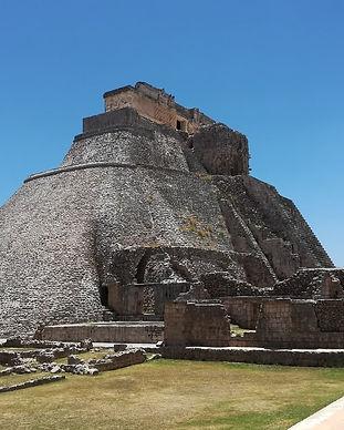 uxmal-zona-arqueologica-yucatan-4.jpg