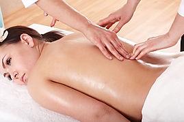 4-Hand-Massage