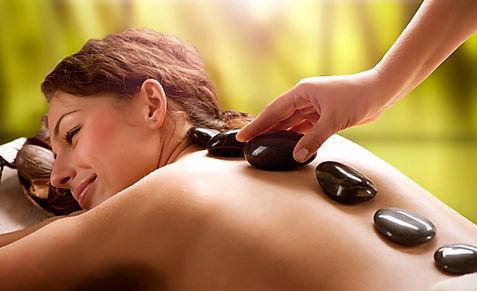 Hot-Stone-Massage bei Lavadee in Echterdingen
