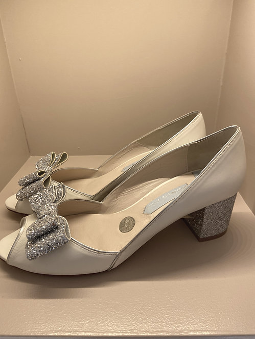 Charlotte Mills Slip on Low Block Heel Shoe with Detachable Clips