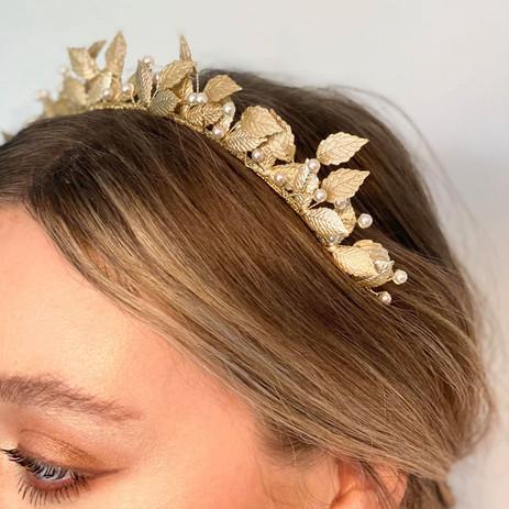 ar635-aurelia-headband-e-square_orig.jpg