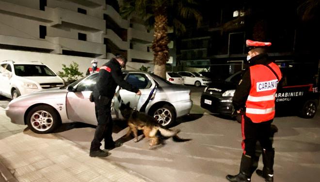 >Controlli a Barcellona nei luoghi della movida. Arrestato 33enne, trovato in possesso di droga<