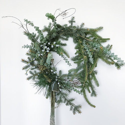 Medium Full Round Holiday Wreath