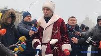 Vitali Klitschko Santa-2.jpg