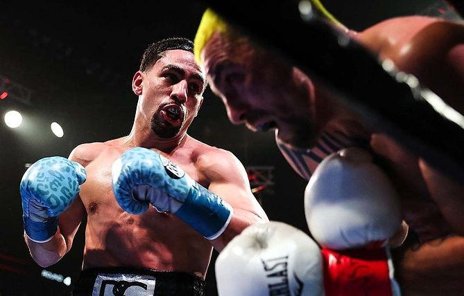 boxing-SHO-Garcia-vs-Redkach-Fight-Night