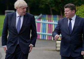 Dean Russell MP with Boris Johnson.jpg