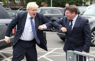 Dean Russell MP Watford elbow bumps with Boris Johnson
