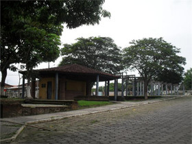 Praça Salvador Dali