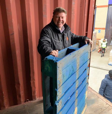 Dean Russell MP Watford volunteering