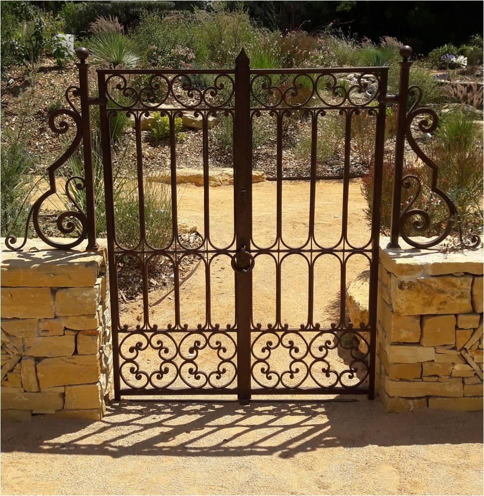 Portillon jardin marocain forgé