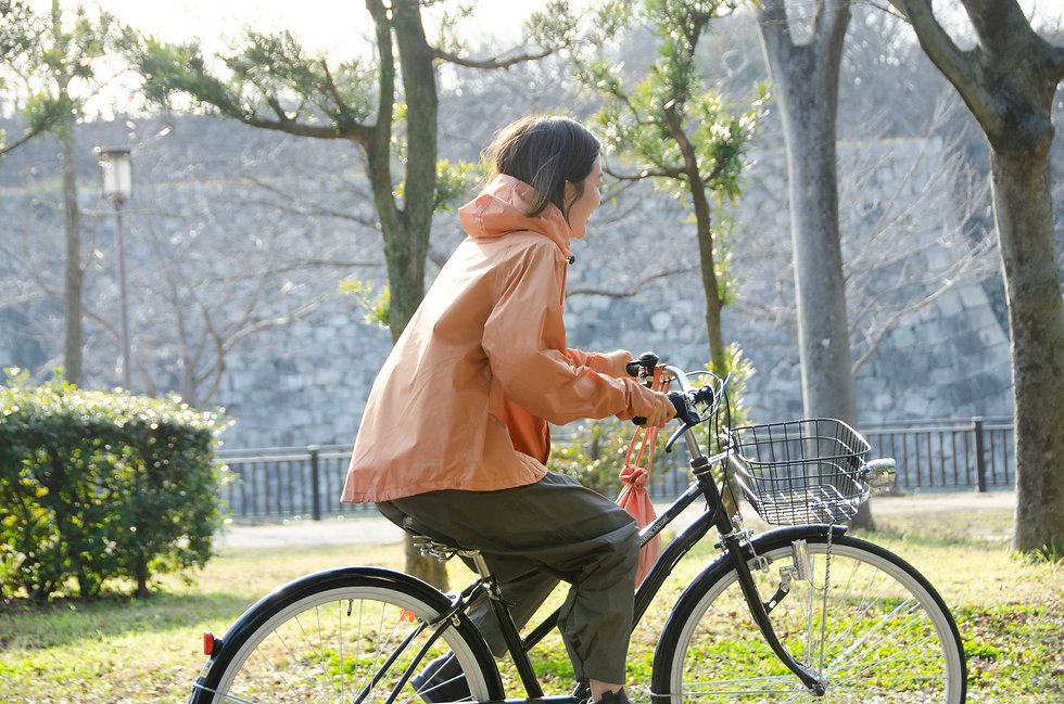 AS620ピンク自転車横.jpg