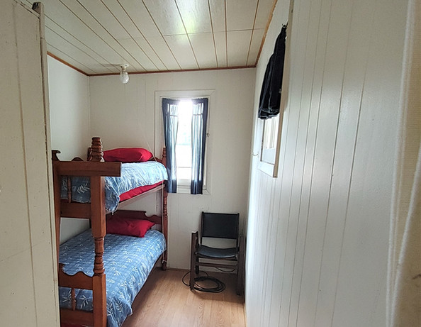 Cottage 3 - set twin bunk beds