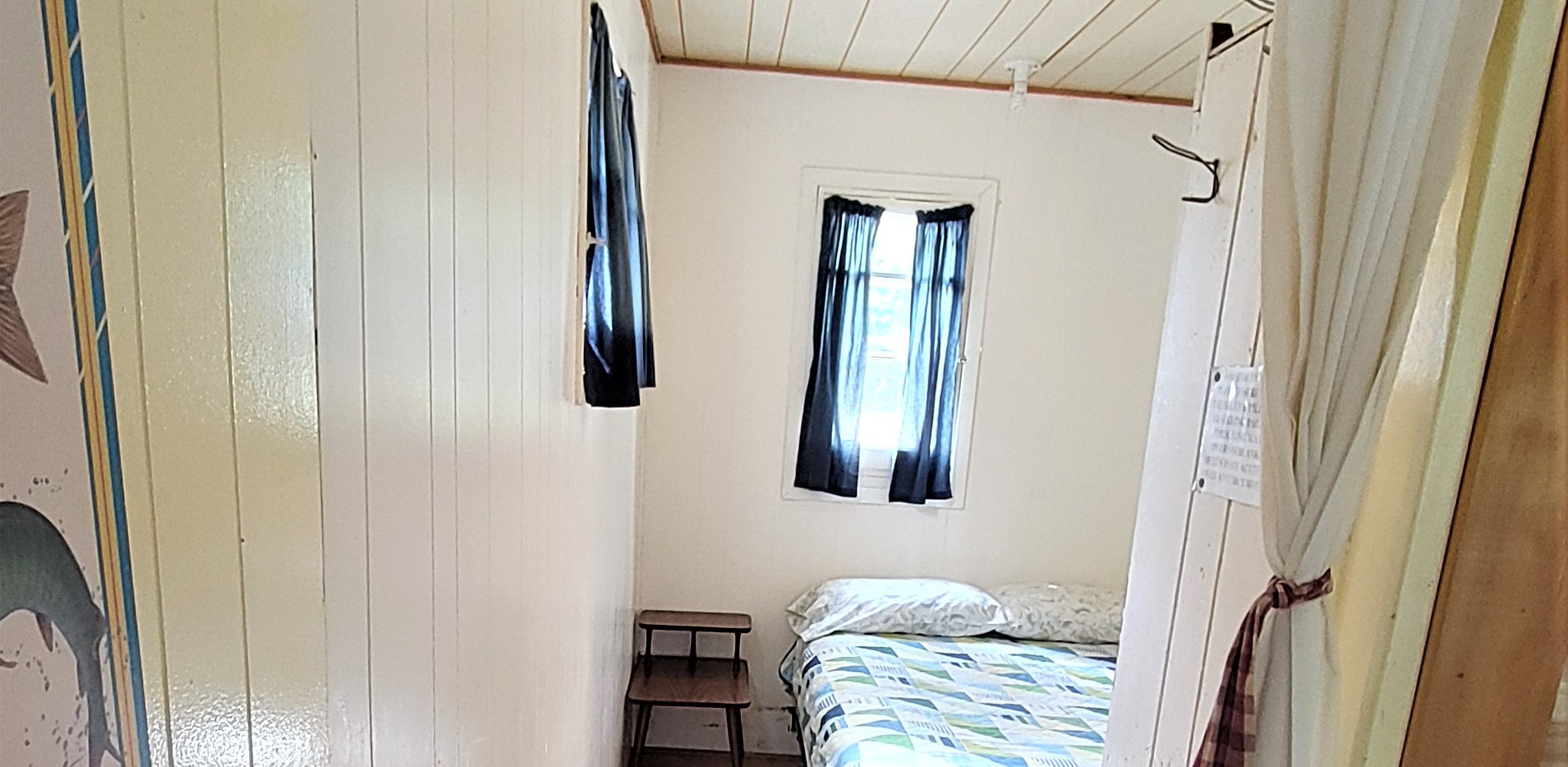 Cottage 3 - double bed Bedroom