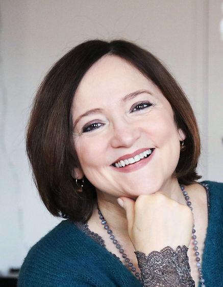 Hélène Géraud hypnose humaniste thérapie astrologie EFT libération émotionnelle paris