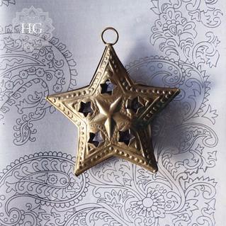 Une étoile dans la nuit