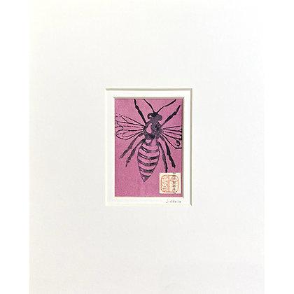 Magenta Bee