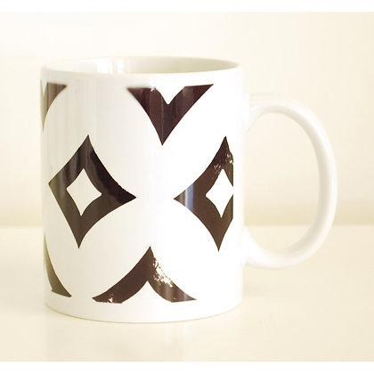 Mug, Black & White Diamonds