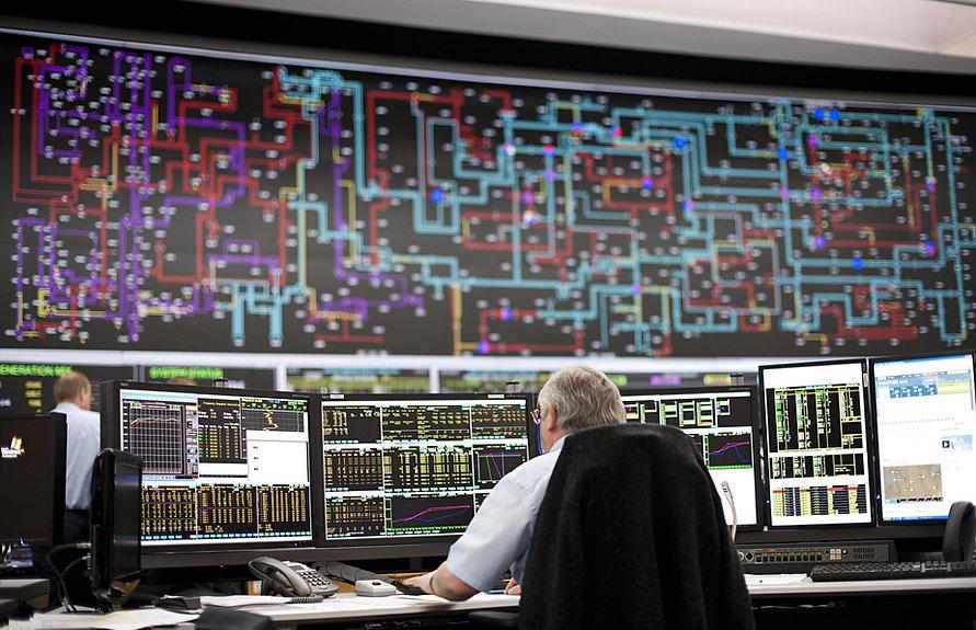 The-national-grid-control-015_edited.jpg