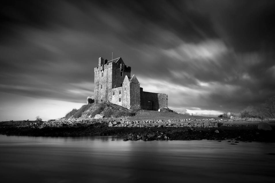 Dungaire Castle, Kivara.