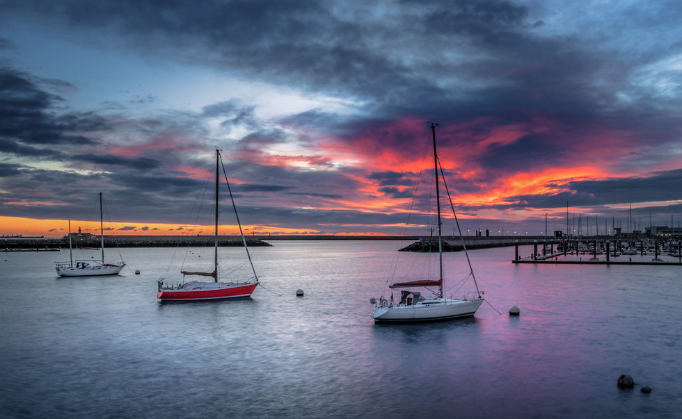 Red Dawn, Dun Laoghaire Harbour