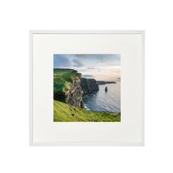 Green grass, Cliffs of Moher