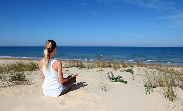 174991_yoga-reisen-urlaub-meditation-str