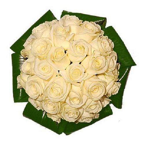 """Розы белые """"Полар Стар"""" с аспидистрой 50 см 39 шт.»"""