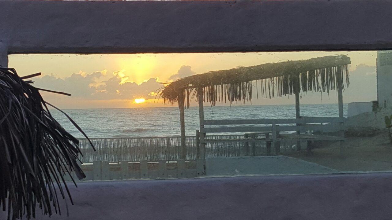 Barrraca frente ao mar