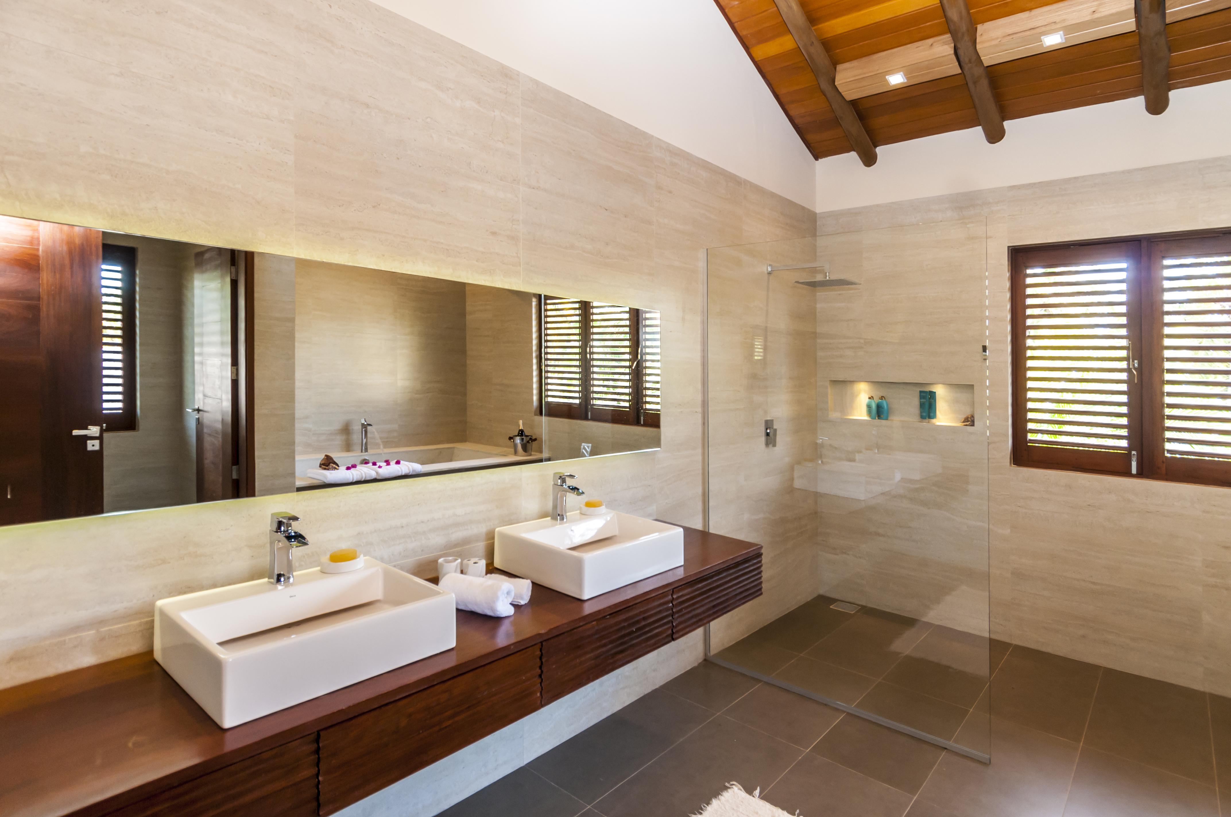 Tudas as habitações tem banheiro