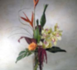 339ba44ac51c6ef04cfa3f65d6c7f897--modern-floral-arrangements-flower-arrangements[1].jpg