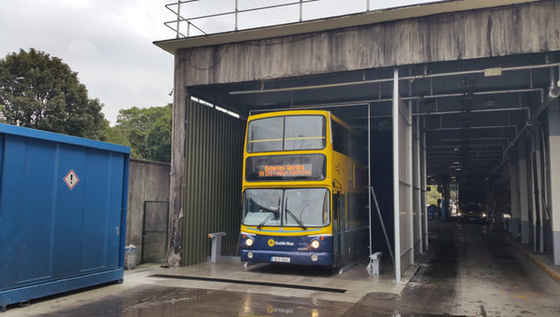 Double decker bus wash