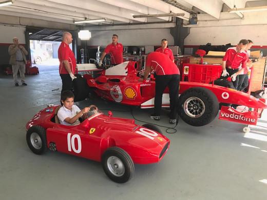 Autódromo_Ferrari_Schumacher_2004_.JPG