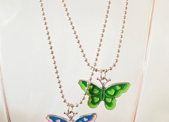 aviva necklace