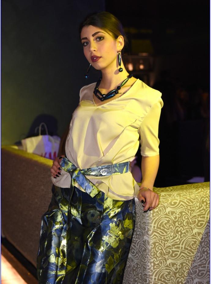 modellami 21 aprile, servizio fotografico, collane, bracciali, orecchii, colori diversi per ogni esigenza (14).JPG