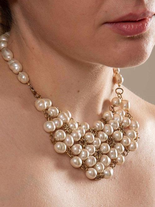 Collaretta in perle di vetro lucidate a mano