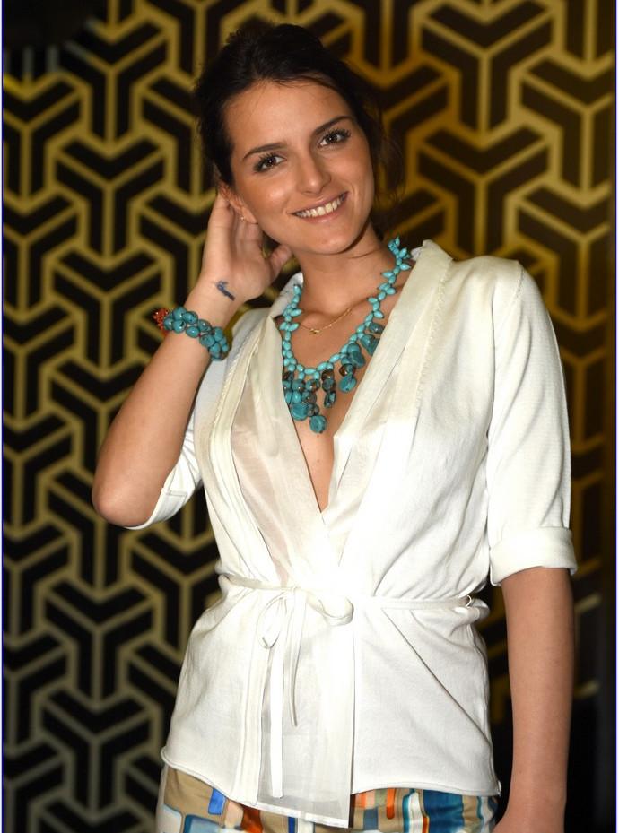 modellami 21 aprile, servizio fotografico, collane, bracciali, orecchii, colori diversi per ogni esigenza (23).JPG
