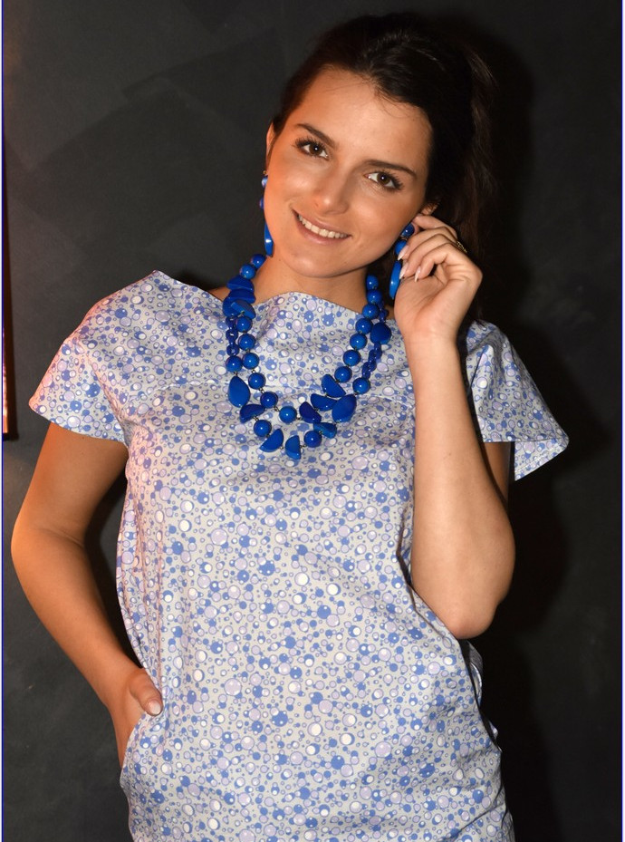 modellami 21 aprile, servizio fotografico, collane, bracciali, orecchii, colori diversi per ogni esigenza (37).JPG