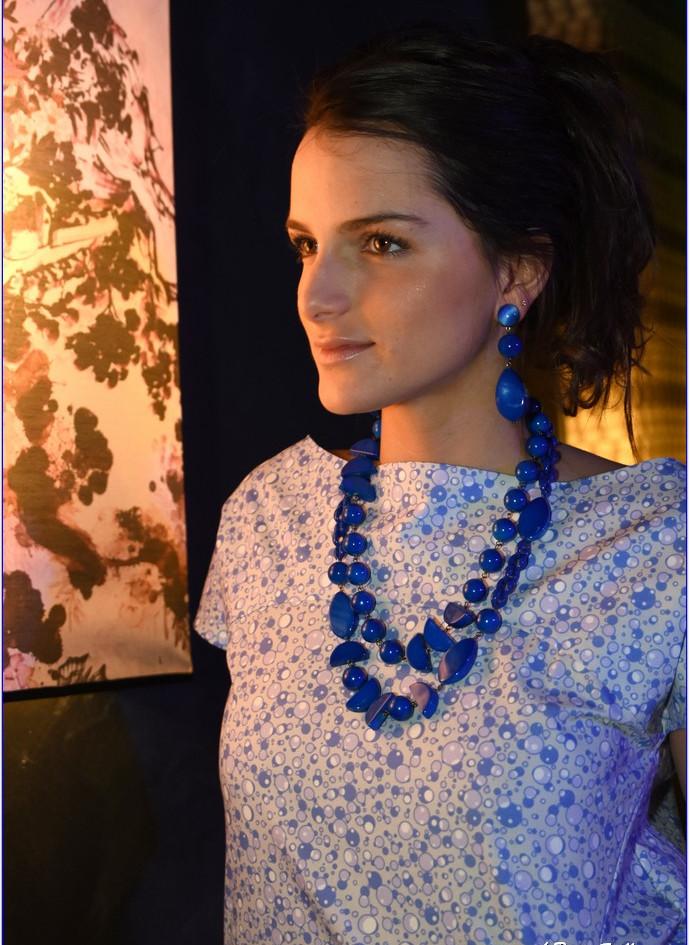 modellami 21 aprile, servizio fotografico, collane, bracciali, orecchii, colori diversi per ogni esigenza (38).JPG